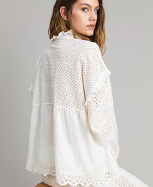 Блуза с вышивкой сангалло и воланом Белый Снег женщина 191TT2040-04