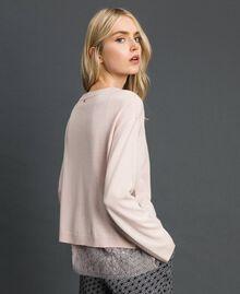 Kastiger Pullover mit Unterhemd Blütenknospenrosa Frau 192MP3101-02