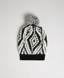 "Cashmere and wool pompom beanie Black / ""Papyrus"" White Jacquard Woman 192TA4419-01"