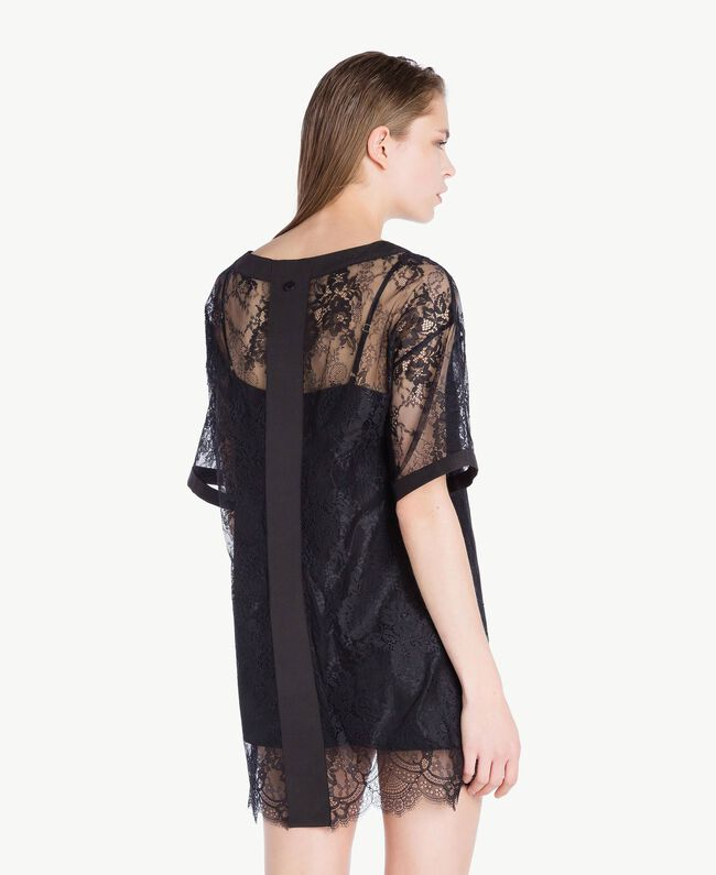 Maxi T-shirt with lace Black Woman LS8FFF-04