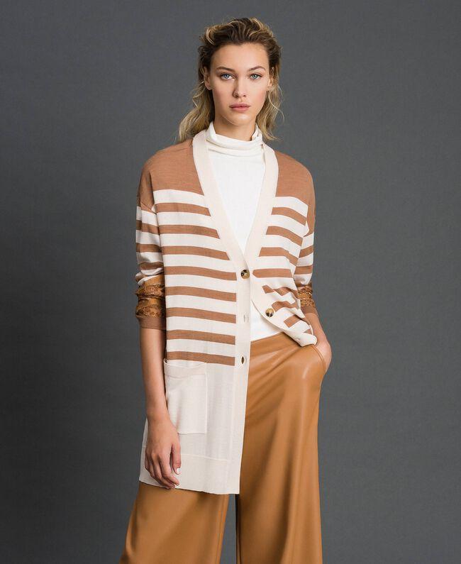 Maxi cardigan en laine mélangée avec rayures et dentelle Blanc Crème / Beige «Séquoia» Femme 192ST3011-01