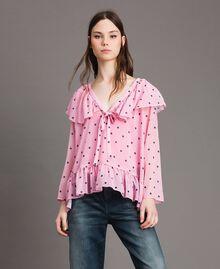 Блуза из жоржета с принтом Принт В Гортензиево-Розовые Сердечки И Горошек женщина 191MP2381-01