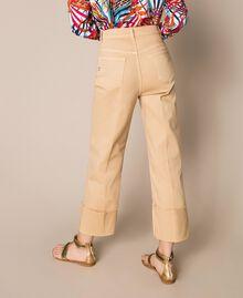 Pantalon cropped avec revers Beige Chocolat au lait Femme 201MT2362-04