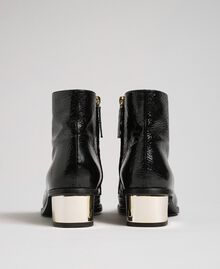 Patent leather ankle boots Black Woman 192TCP122-04