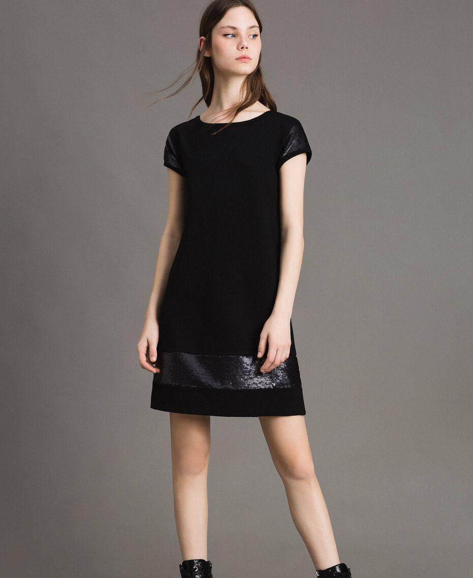 Kleid mit Pailletten Schwarz Frau 191LB22NN-02