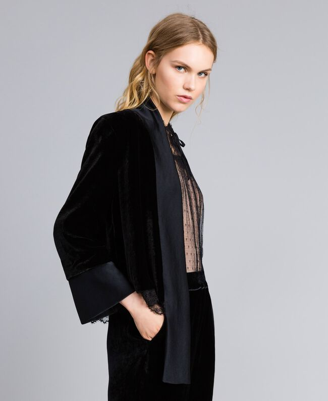 Generous-fit velvet jacket Black Woman TA826R-01