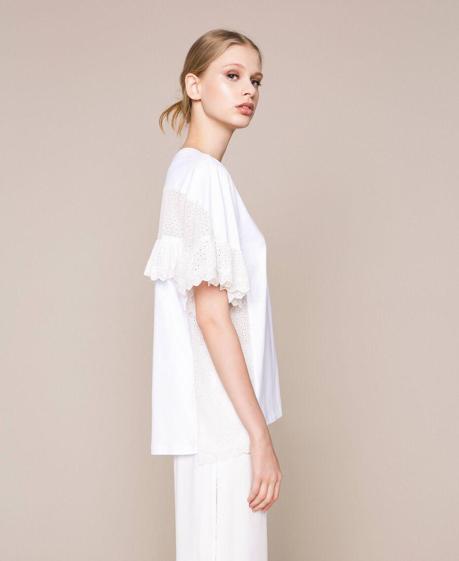 T-shirt incrusté de broderie anglaise Blanc Femme 201TP2480-03