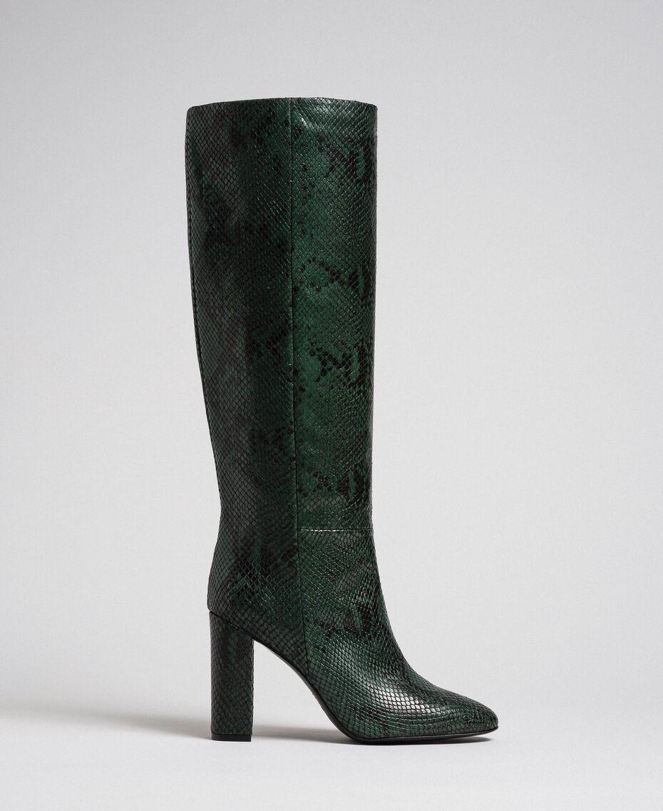 Hoher Stiefel aus Leder mit Animal-Dessin Pythonprint Pink Mousse Frau 192TCP108-02