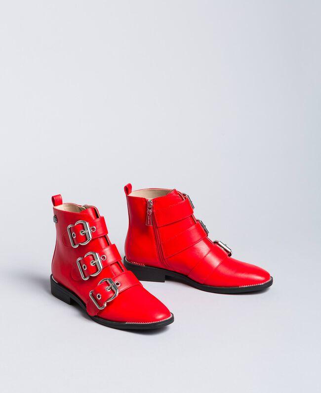 Bottines avec grandes boucles Rouge Coquelicot Femme DA8PHJ-01