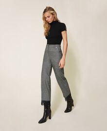 Pantalon cropped en laine avec dentelle Gris «Sel et Poivre Neige» / Noir Femme 202TP2382-03