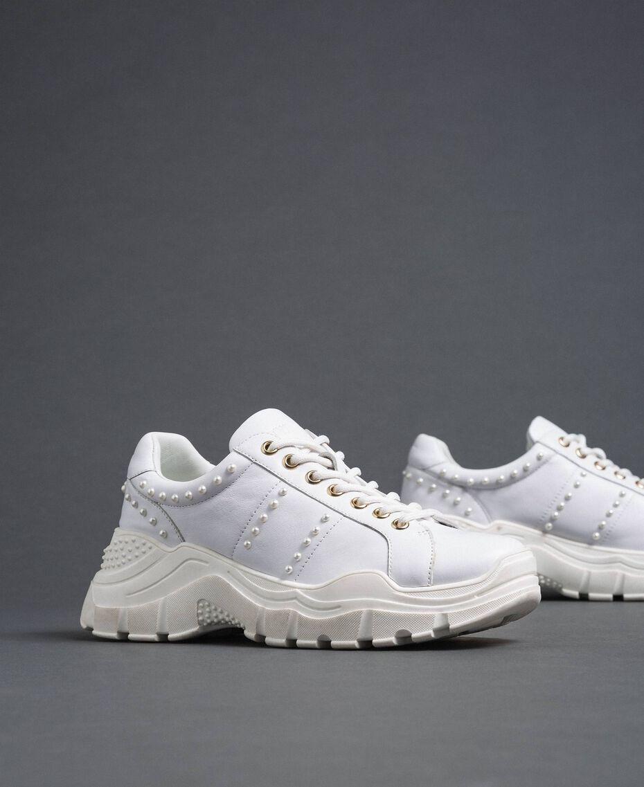 Scarpe running in pelle laminata con perle Bianco Donna 192TCP066-01