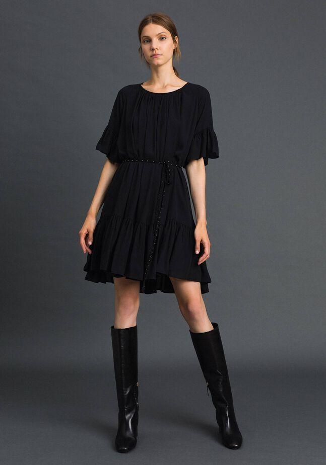 Kleid aus Crêpe de Chine mit Gürtel