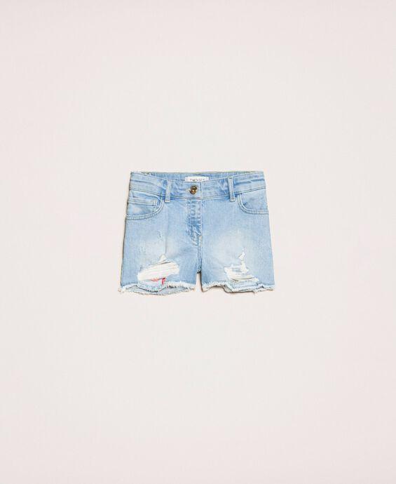 Short en jean brodé