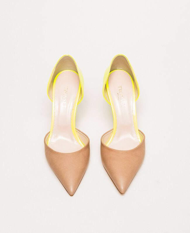 "Patent leather and leather court shoes Two-tone ""Desert"" Beige / Fluo Fuchsia Woman 201TCP012-05"