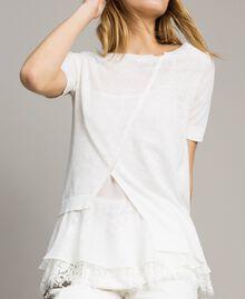 Asymmetrischer Pullover aus Leinenmischung mit Volant Mattweiß Frau 191ST3101-04