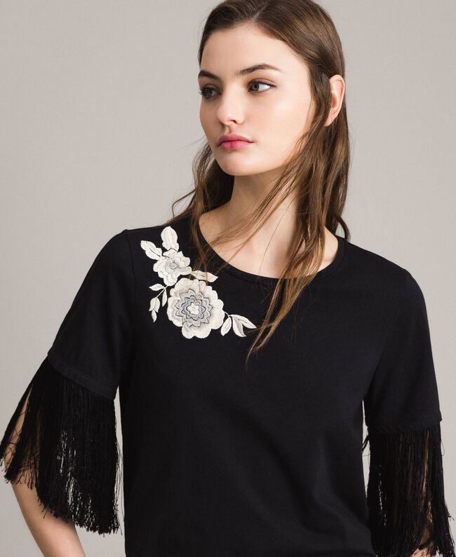 Embroidery and fringe T-shirt Black Woman 191TT2131-01
