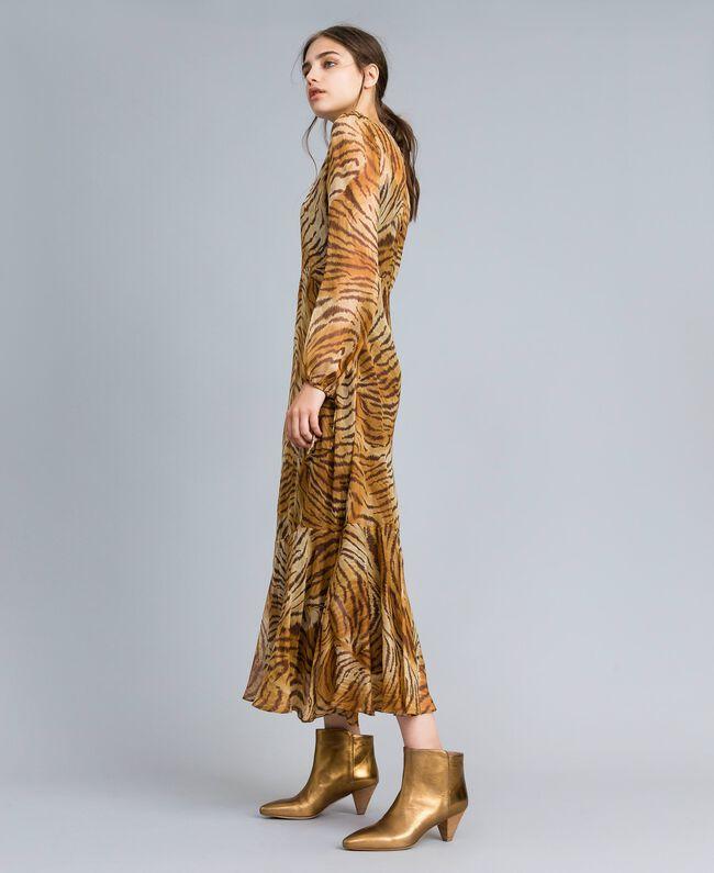 Robe longue en soie imprimée Imprimé Tigre Femme TA8254-01
