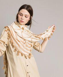 Viscose tassel hems keffiyeh,with print and logo White / Indigo Print Woman 191MA4302-0S