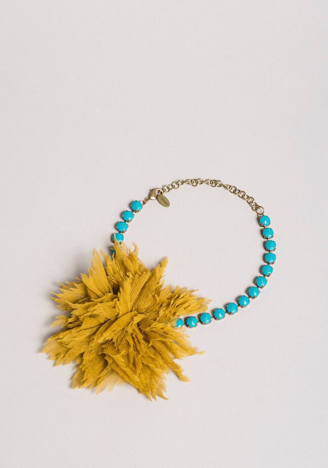Rhinestone choker necklace with silk flower