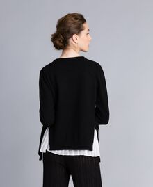 """Wool and cashmere jumper with pleated top Bicolour Black / """"Snow"""" White Woman PA831C-03"""