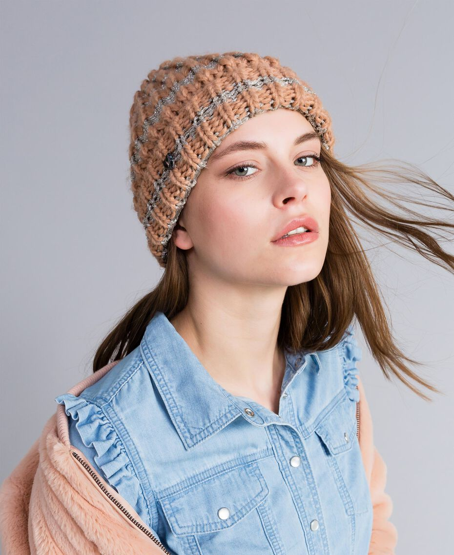 """Knitted hat with lurex """"Nude"""" Pink / Pink Gold Stripe Woman VA8P2C-0S"""
