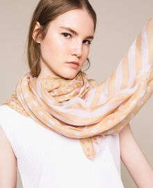 "Zweifarbiges Tuch mit Print Printmix Pink Lavender / ""Seil""-Beige Frau 201TA4369-0S"