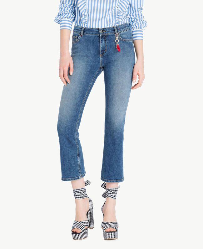 Ausgestellte Jeans Denimblau Frau JS82V4-01