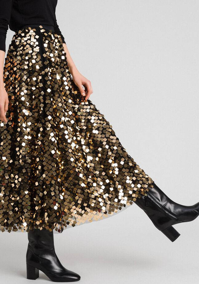 Midi skirt with sequins on tulle