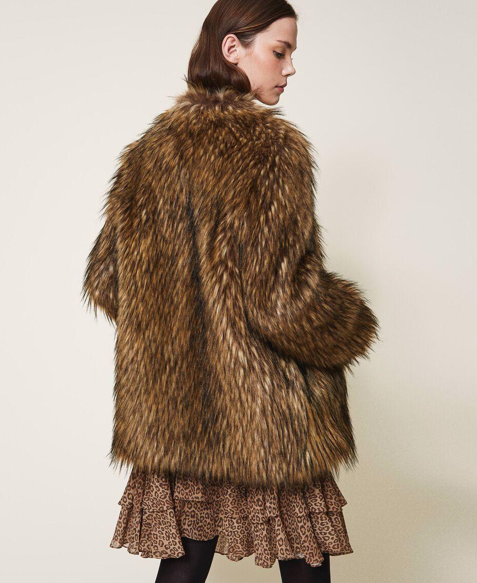 Manteau en fausse fourrure Camel Femme 202TT2051-03