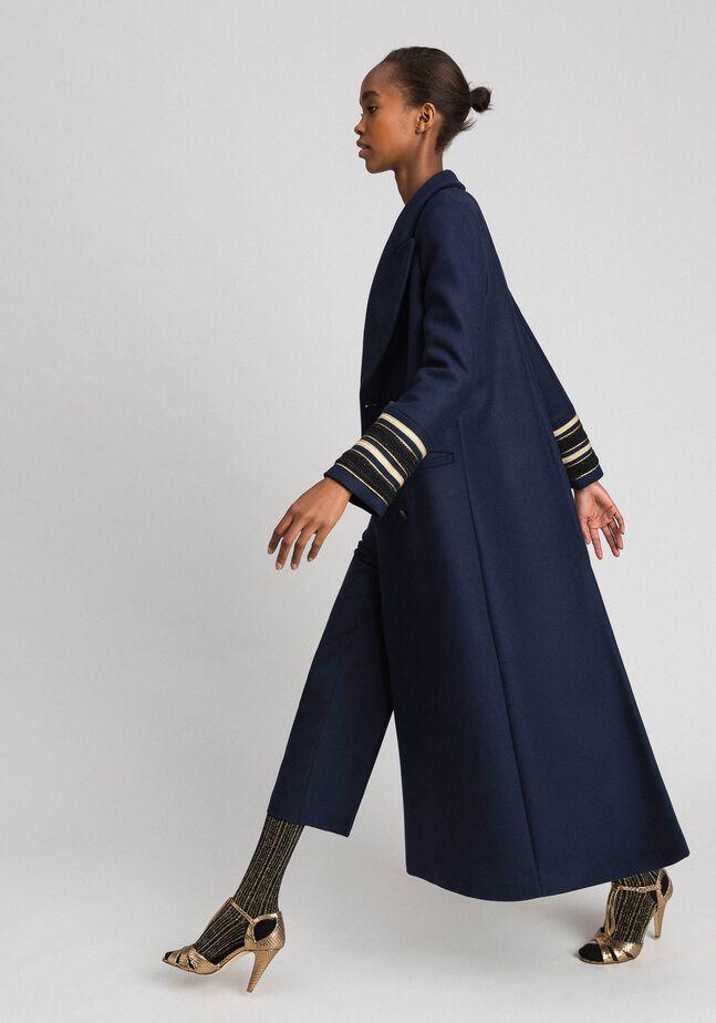 Длинное двубортное пальто из сукна