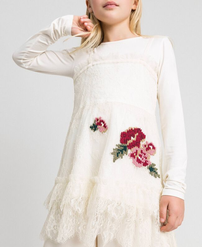 Round neck T-shirt and rose lace top Pale Cream Child 192GJ2671-04