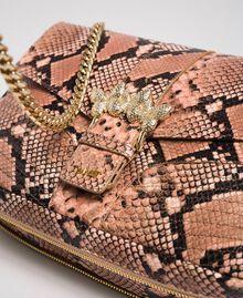 Grand sac à bandoulière Rebel avec imprimé python Imprimé Python Rose Mousse Femme 192TA7230-03