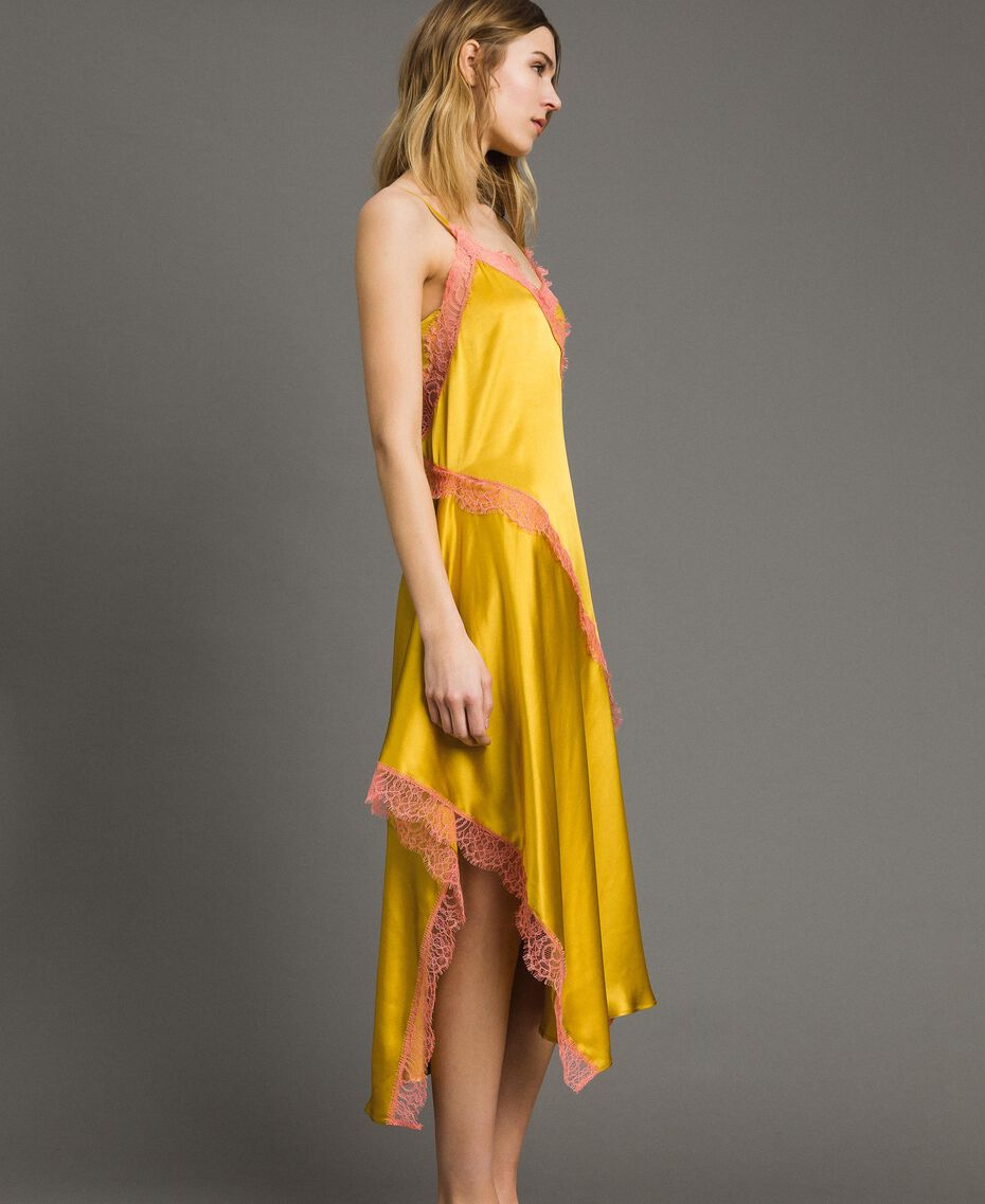 Robe longue en soie mélangée agrémentée de dentelle Bicolore Noir / Blanc Neige Femme 191TT2091-02