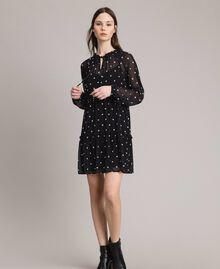 Kleid aus Georgette mit Tupfen und Volants Motiv Herz Polka Dot Schwarz / Weiß Frau 191MP2336-01