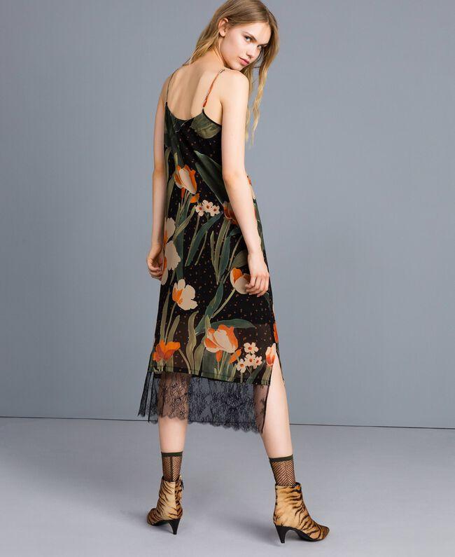 """Kleid im Unterkleidstil aus bedrucktem Georgette Print """"Schwarze Maxitulpe"""" Frau TA828U-03"""