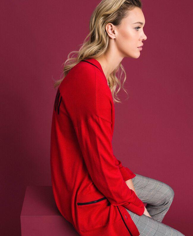 Maxi cardigan avec bords contrastés Rouge Coquelicot / Noir Femme 192MP3051-04