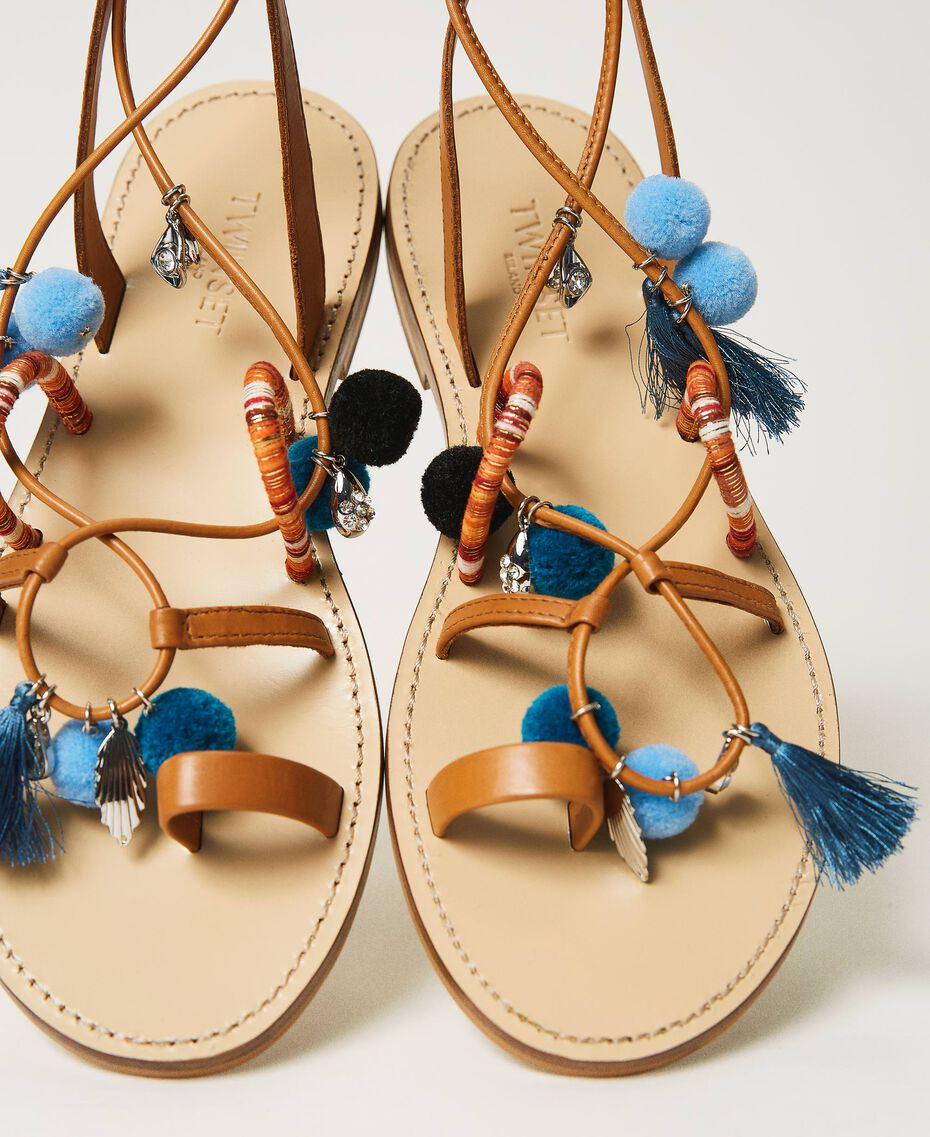 "Leather sandals with pompoms and charms ""Nautical Blue"" / ""Indigo"" Blue / Black Multicolour Woman 211TCT180-01"