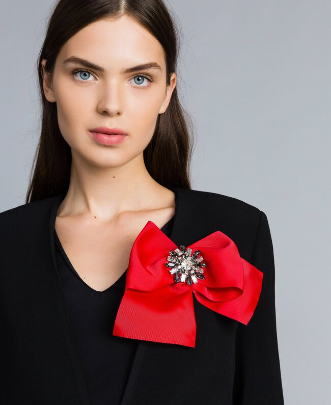39f87140d5 Grosgrain bow brooch with rhinestones Woman, Red | TWINSET Milano