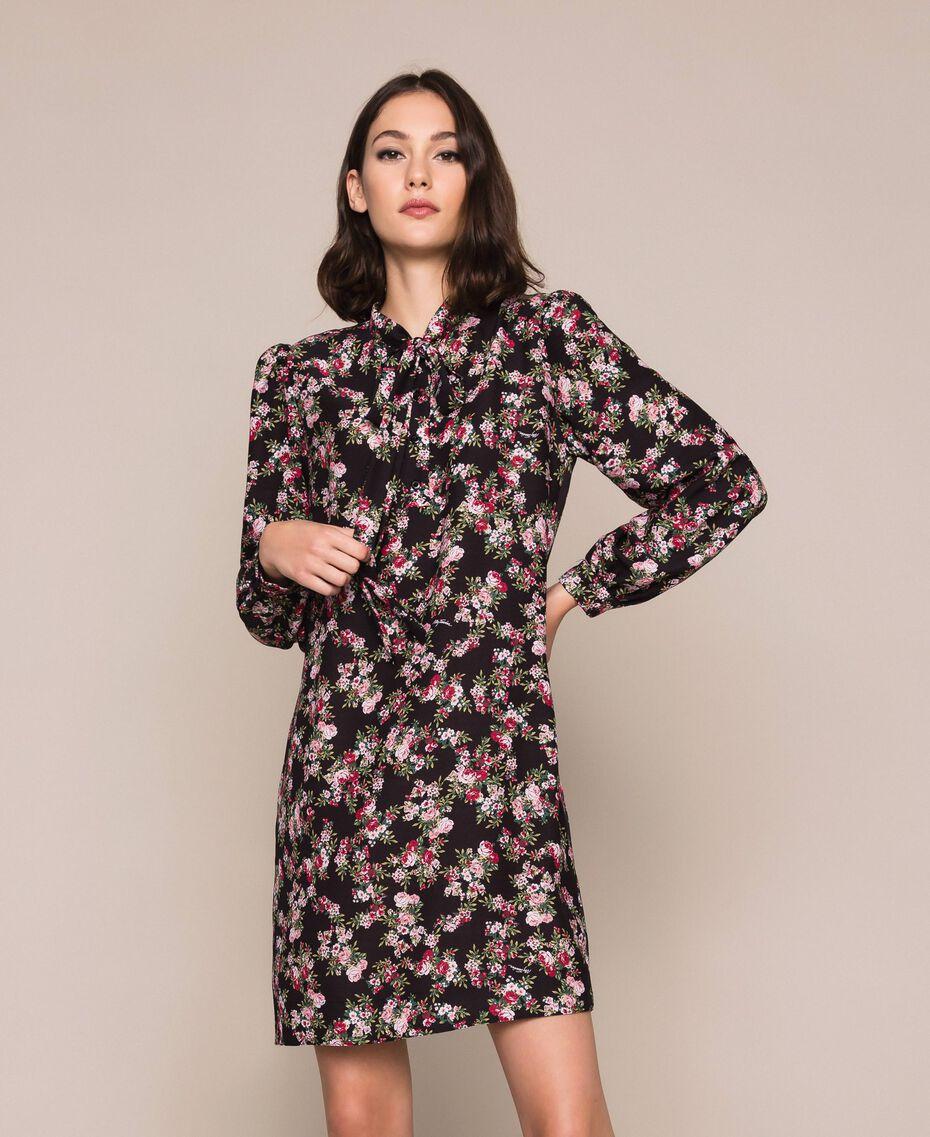Robe en crêpe de Chine floral Imprimé Floral Rose «Quartz» Femme 201MP2374-01