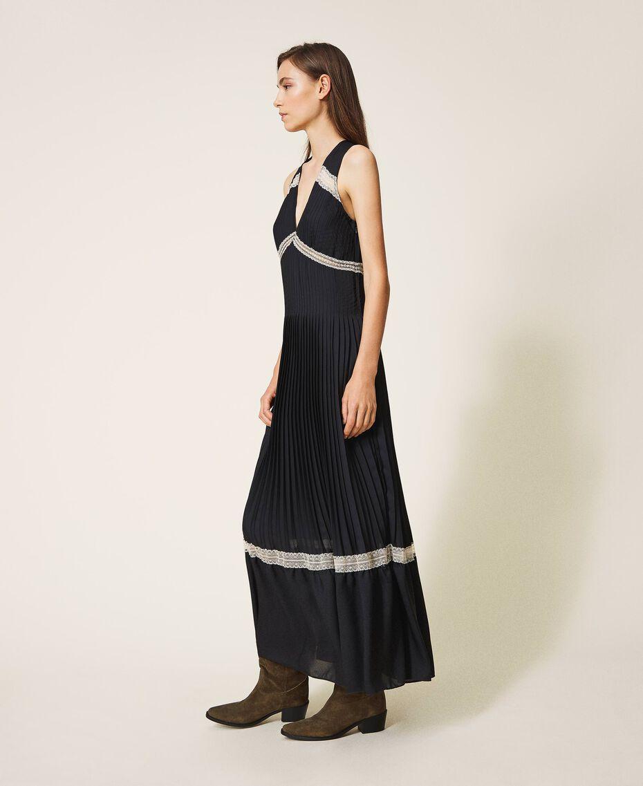Длинное плиссированное платье с кружевом Черный женщина 202TP2133-02