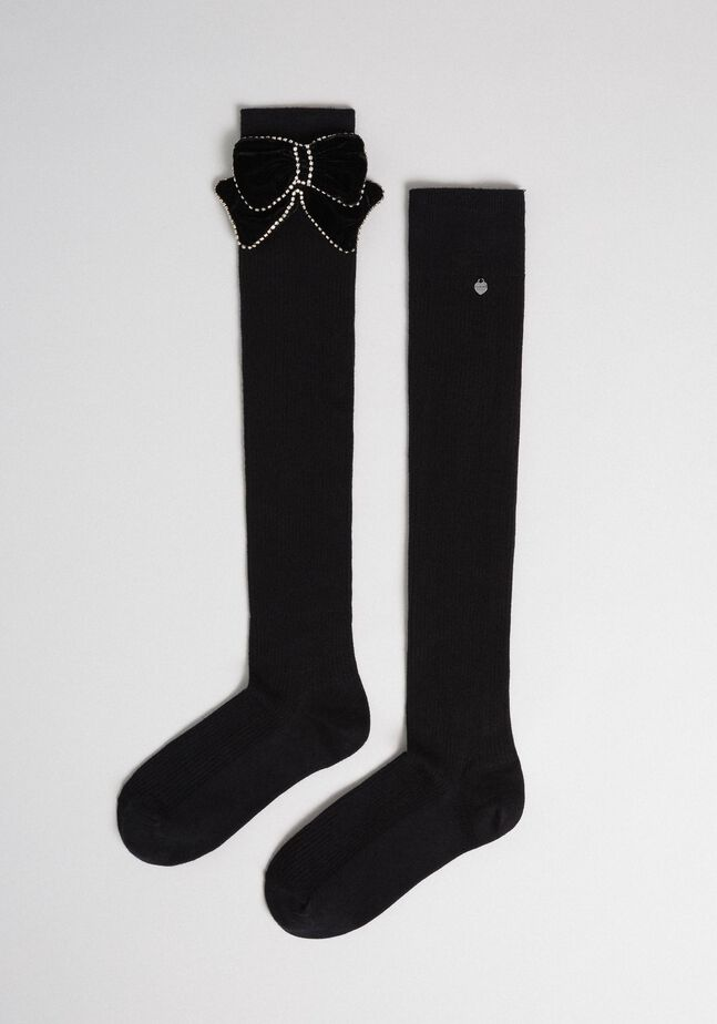 Above the knee stockings with removable bow