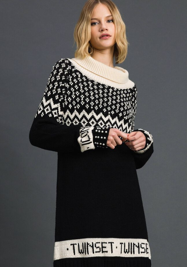 Jacquard knit dress with logo and pearls