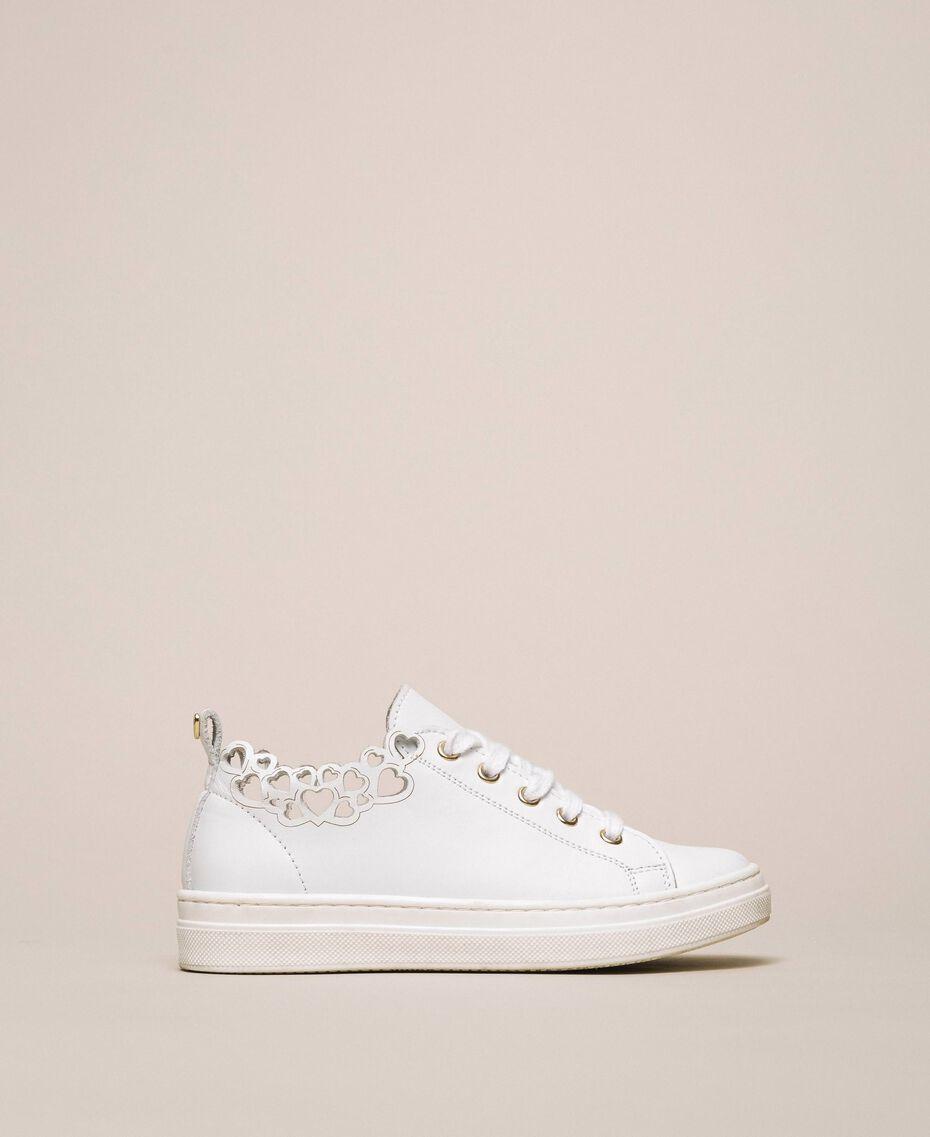 Sneakers in nappa con ricamo Bianco Bambina 201GCJ070-01