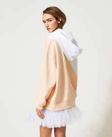 "Colour block maxi hoodie with print Two-tone ""Optical"" White / ""Light Apricot"" Pink Woman 211MT2450-06"