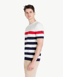 Pullover mit Streifen Multicolor Mattweiß / Geranienrot / Blackout-Blau Mann US8311-02