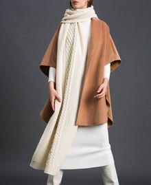 Sciarpa in maglia a trecce con ricamo Bianco Papiro Donna 192TA4410-0S