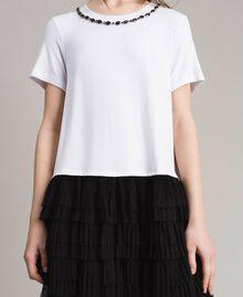 Kleid mit Stickerei und Tüllrock Zweifarbig Weiß / Schwarz Frau 191MP2234-04