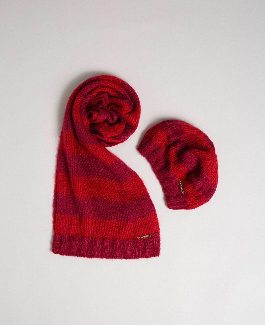 Берет и шарф из двухцветного мохера в полоску Жаккард Полоски Винно-красный / Красный Pебенок 192GB4220-01