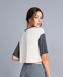 Cropped-T-Shirt aus Jersey Zweifarbig Weiß / Graumelange Frau IA81JJ-03
