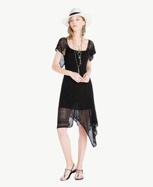Kleid aus Viskose Schwarz Frau TS83AB-01